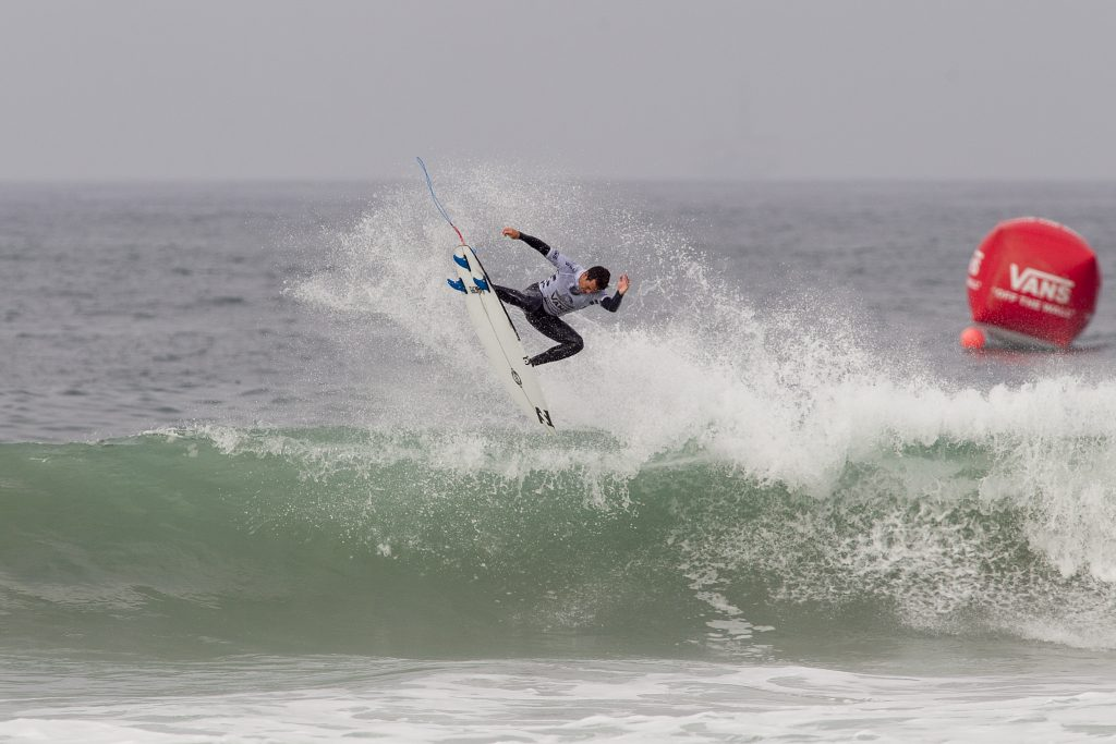 Derek Peters wins the Trials of the 2016 US Open of Surfong
