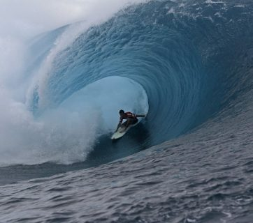 Jeremy Flores (FRA), defending Billabong Pro Tahiti winner, remains in tune with the world's most dangerous wave. Image: WSL / Robertson