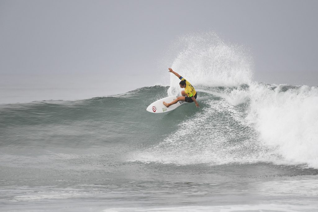 Tyler Wright (AUS), current World No. 1 on the Jeep Leaderboard, eliminated event wildcard Bethany Hamilton (HAW) in an exciting Round 2 match-up at the Swatch Women's Pro. Image: © WSL / Kirstin