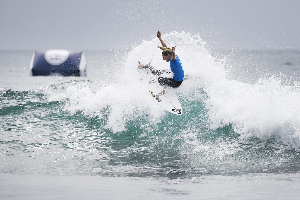 Stephanie Gilmore (AUS) blazed through Round 1 Heat 6 against Johanne Defay (FRA) and 2016 WSL Rookie Keely Andrew (AUS) to secure a spot in Round 3. Gilmore posted the highest single wave score of the day, an excellent 8.50, along with the highest combined score, a dominant 16.70.  Image: © WSL / Kirstin