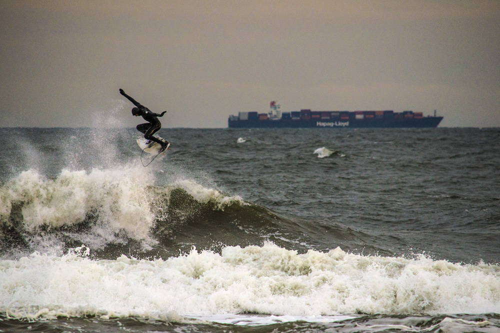 """What sort of dire madness is this cold-water surfing, then? Perhaps masochism? It defies basic survival instincts."" Joe Parrino, thwarting Darwin in New York. Photo: James Parascandola"