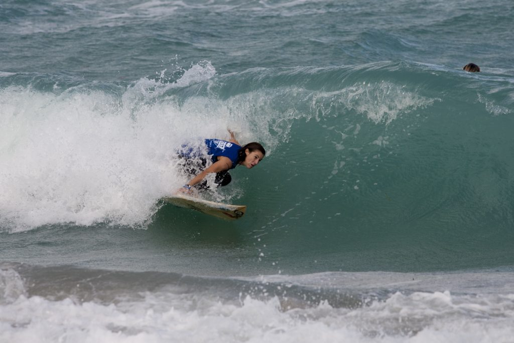 Sara Pfeiffer sniffed out the only barrel of the day on her way to 4th-place in Girls U17. Photo: Mark Hill