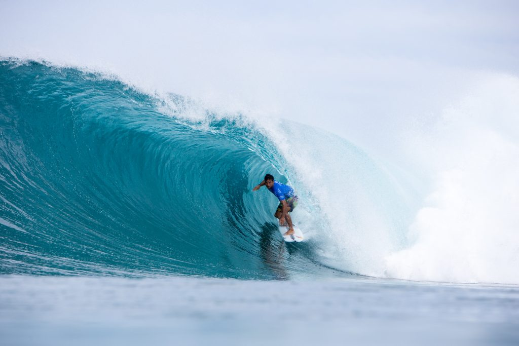 862944c0519d42 Michel Bourez Wins Billabong Pipe Masters in Memory of Andy Irons ...